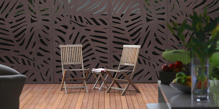 Privacy Screen Feature | Hand Made Gardens